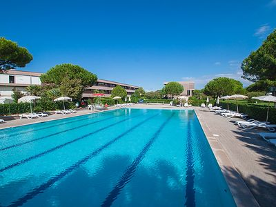 Photo for One bedroom Apartment, sleeps 4 in Marina di Bibbona with Pool, Air Con and WiFi