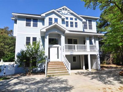 Photo for Sound Dreams: 5 BR / 5 BA house in Corolla, Sleeps 14