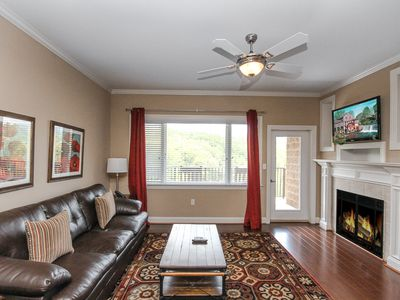 Photo for Glades View 145: 2 BR / 2 BA condo in Gatlinburg, Sleeps 6