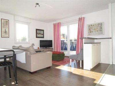 Photo for Apartment Les Sables-d'Olonne, 3 bedrooms, 5 persons