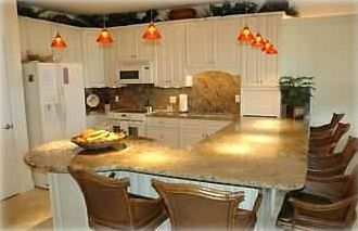 Large Gourmet Kitchen, perfect for casual dining or entertaining