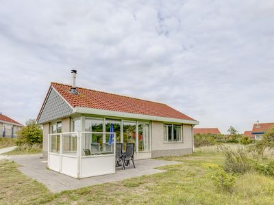 Photo for 4-person bungalow - Extra accessible in the holiday park Landal Sluftervallei - on the coast/the beach