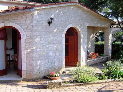 Photo for Cozy stone house with pool for up to 4 people