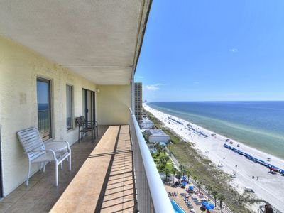 Photo for Prefect for families,  to enjoy your beach front - home away from home.