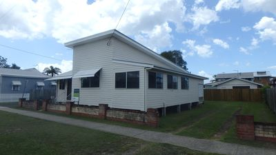 Photo for CAS5 - CLASSIC BEACH HOUSE ON CASHMORE
