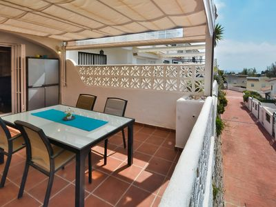 """Photo for Apartment a short walk away (287 m) from the """"Playa de La Perla"""" in Benalmádena with Parking, Internet, Washing machine, Air conditioning (104157)"""