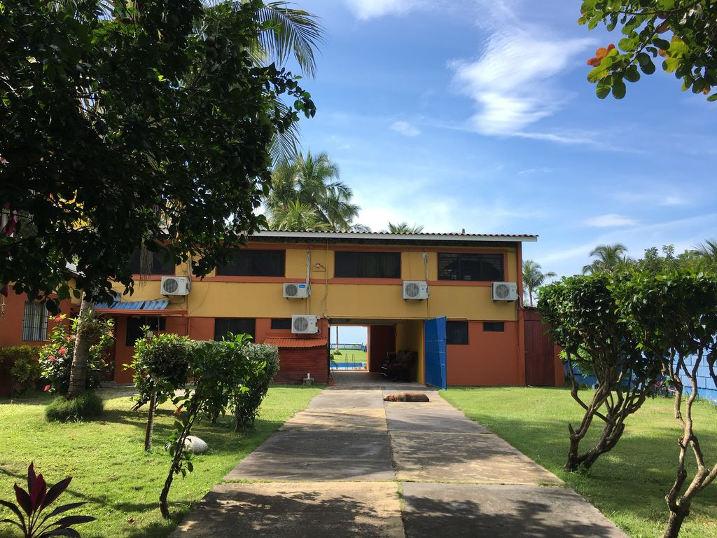 Costa rican beach house rental in puntarenas puntarenas for Costa rica house rental