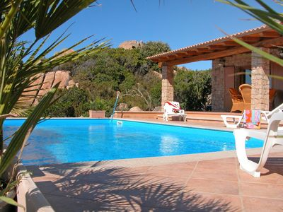 Photo for Wonderful private villa for 12 guests with private pool, TV, pets allowed and parking