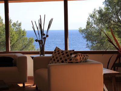 Photo for Fantastic villa with direct access to the sea