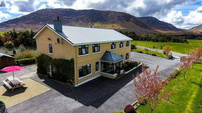 Photo for Spacious group house with scenic views - Sleeps 14
