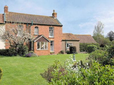 Photo for 2 bedroom accommodation in Eastertown, near Lympsham