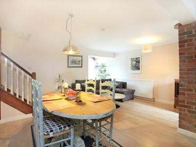 Photo for Spacious Maisonette - Near river Itchen, Wolvesey Castle, Water Meadow walks