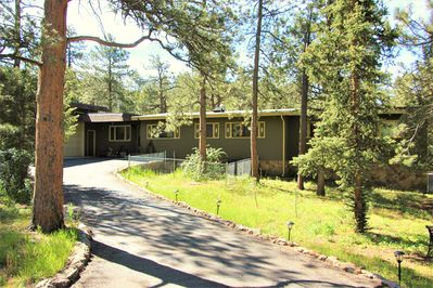 Owl Pine House- Charming Mountain Cabin just West of the ...