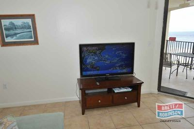 Phoenix East Orange Beach PE-810 TV.jpg