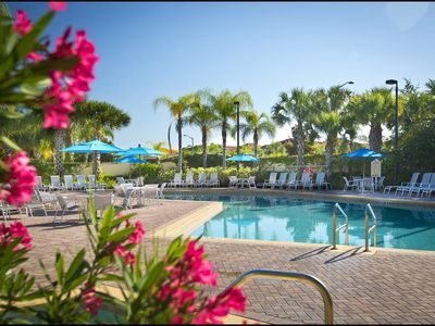 Photo for Huge 3-Bed Family Apartment with Pool & Gym. Just 10 mins from Disney! Sleeps 8