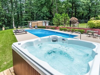 *SPRING SALE_Home w/*Private Pool*HotTub*BBQ*Foosball*-Close To Airport&Downtown