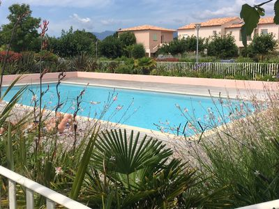 Photo for Ground floor of villa, Residence with swimming pool, 5 minutes from the beaches of St Cyprien