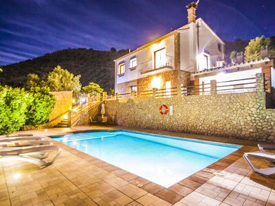 Photo for Exclusive villa with spectacular views and great privacy