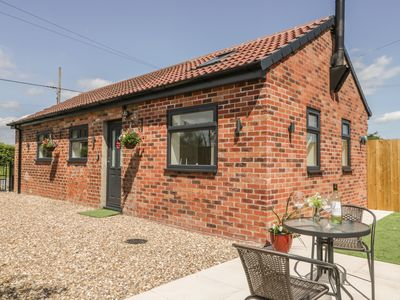Photo for ASHTREE COTTAGE, pet friendly in Ottringham, Ref 1000976
