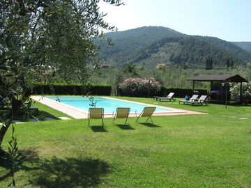 Casa Marisa - Detached villa with pool, A / C and wifi in the Tuscan countryside