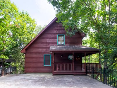 Family Friendly Chalet, Close To All Pigeon Forge Attractions And Conveniences!