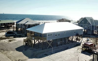 Photo for New, Beautiful 5/5 Gulfside Beach House with Pool, Jacuzzi, Great Gulf Views!