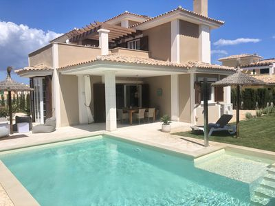 Photo for Villa for 6 persons, with private pool, air conditioning, near the beach