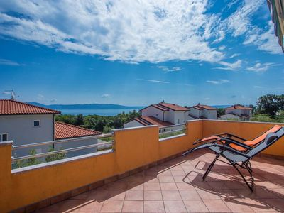Photo for Spacious apartment with panoramic sea view