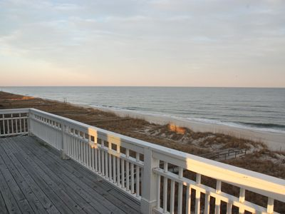Photo for Spectacular 6/4 Beachfront and Luxurious Living!!