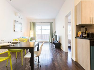 Superb Location: Downtown, Quiet, Clean & Near Metro - Montreal