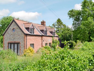 Photo for 4 bedroom accommodation in Wickmere, near Sheringham