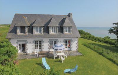 Photo for 6 bedroom accommodation in Pleboulle