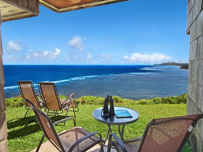 Sealodge #E3: Charming Unit W/ Sweeping Oceanfront Views! Walk to Beach!
