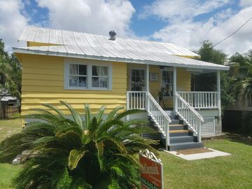 Prime Cedar Key Fl Vacation Rentals Cabins More Homeaway Home Interior And Landscaping Ologienasavecom