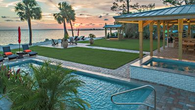 NEWLY RENOVATED Luxury Bayfront 6 BR/5.5 BA Home