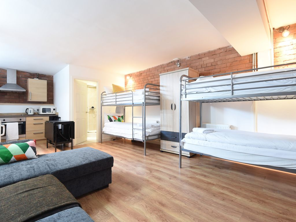 *********WOW TRAVELLERS DREAM, CHEAP CENTRAL STUDIO*********