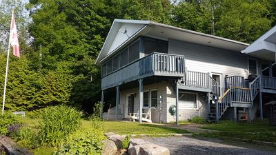 Photo for Relaxing Lake Front Cottage