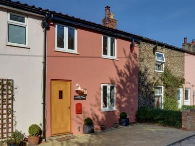 Photo for Friday Place - Three Bedroom House, Sleeps 4