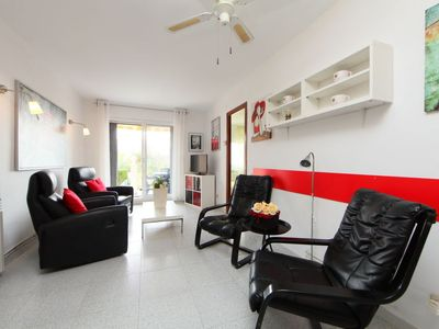 Photo for Apartment Residencia in L'Ampolla - 4 persons, 2 bedrooms