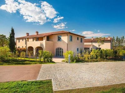 Photo for Holiday resort Castelfalfi La Collina, Montaione  in Um Florenz - 8 persons, 3 bedrooms