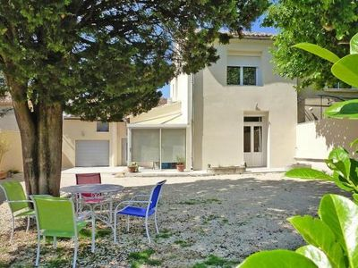 Photo for Semi-detached house, Jonquières  in Vaucluse - 4 persons, 2 bedrooms