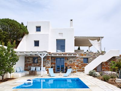 Photo for Photographer's Pool - Minimal Accommodation with pool and spectacular sea views