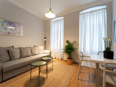 Photo for Modern and Lovely Apartment - CLOSE TO THE CENTER