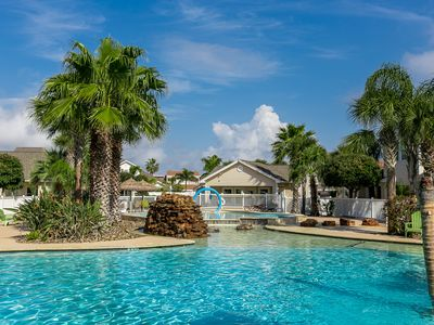 Photo for Beautiful 3 bedroom Poolside property the whole family will enjoy!