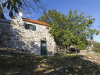 The house is great! It is very clean and comfortable. Gata is a beautiful place to stay in Croat...