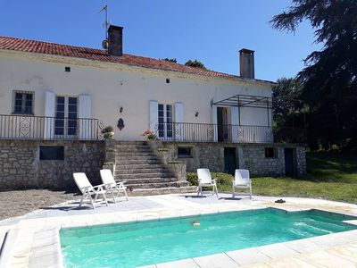 Photo for Old restored farmhouse with swimming pool, the ideal setting for a holiday in all serenity!