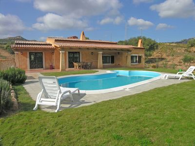 Photo for Beautiful private villa with A/C, private pool, TV, washing machine, pets allowed and parking