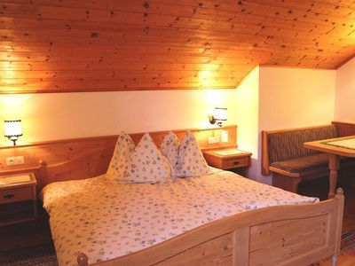 Photo for Double room without balcony / with breakfast - Peintnerhof - healing landscape