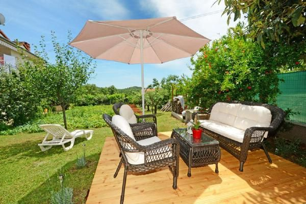 Ferienhaus Luna Im Gr Nen House Porec For 4 5 People With 2 Bedrooms Holiday 2554036
