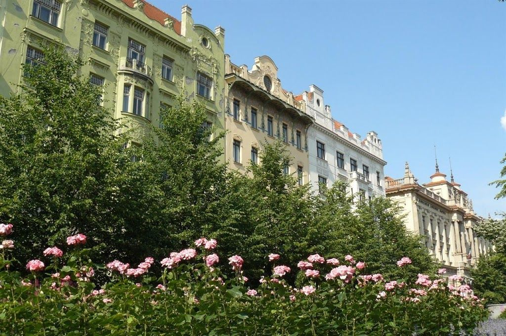 Apartment in the center of prague with internet lift for Design apartment in prague 6